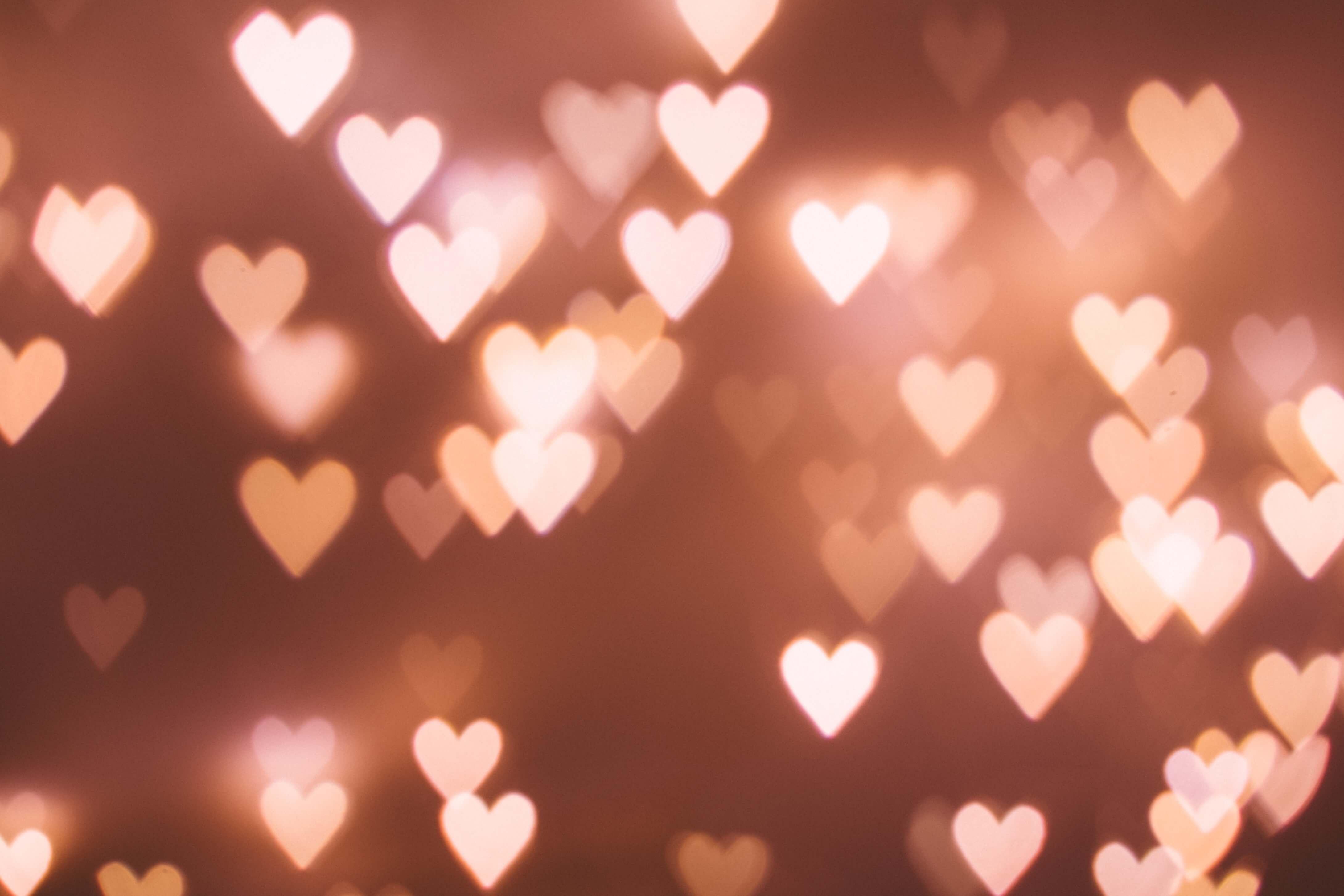 Amor ao próximo: 6 atitudes para transformar a vida das pessoas